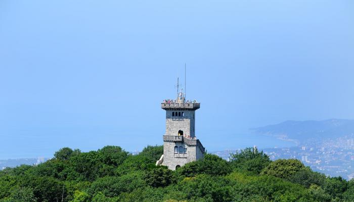 Стали известны сроки, когда откроют башню Ахун в Сочи для туристов