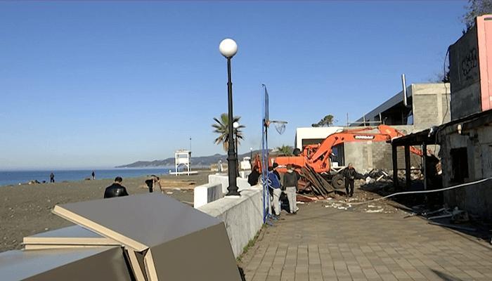 Полным ходом идёт реконструкция ривьерской набережной в г. Сочи