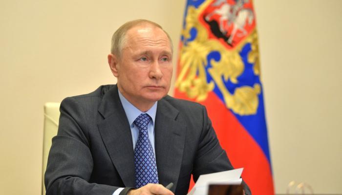 Путин призвал навести порядок в строительной отрасли
