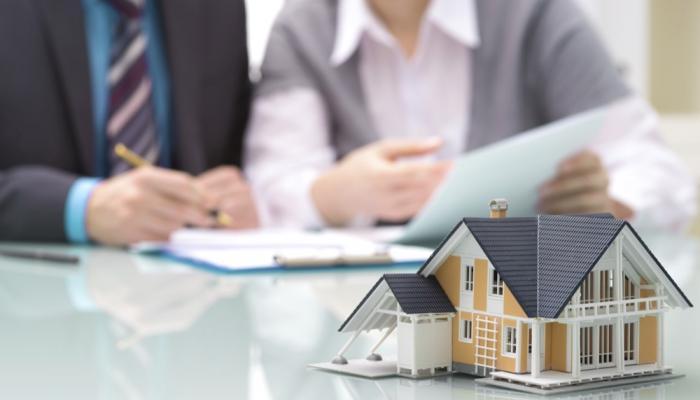 Поток ипотечных заявок в июле-августе этого года оказался нетипично высоким для поры летних отпусков