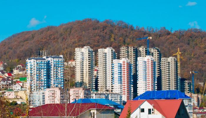 В Сочи 155 дольщиков долгостроя СК «Вант» получили ключи от квартир