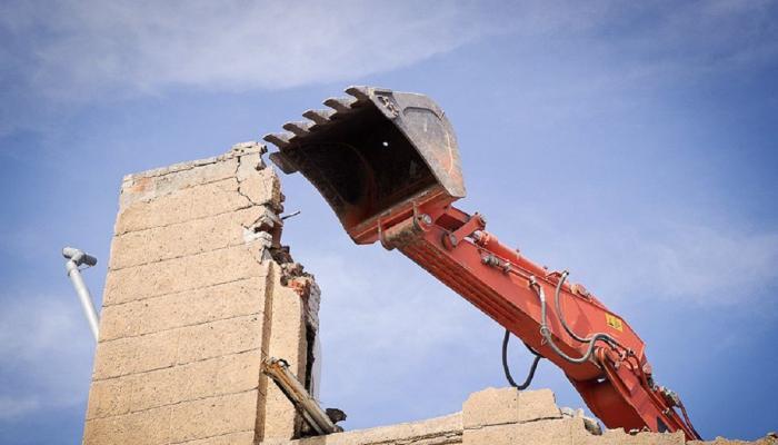 Сочинцы воспрепятствовали разрушению опорной стены на улице Пасечной